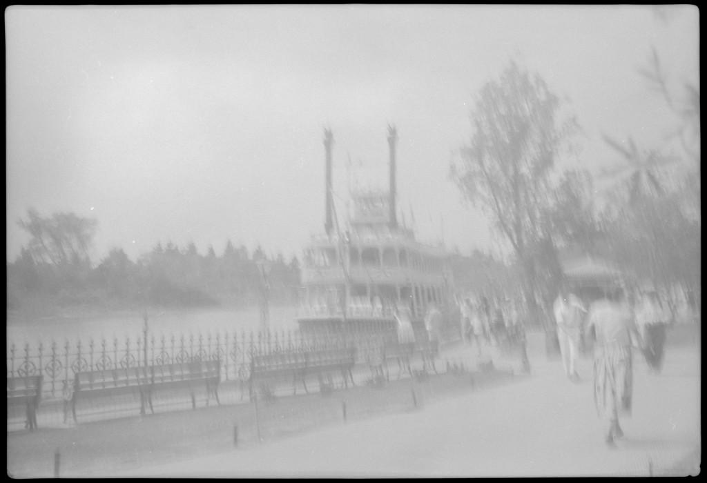 1955-07-18- Disneyland 5